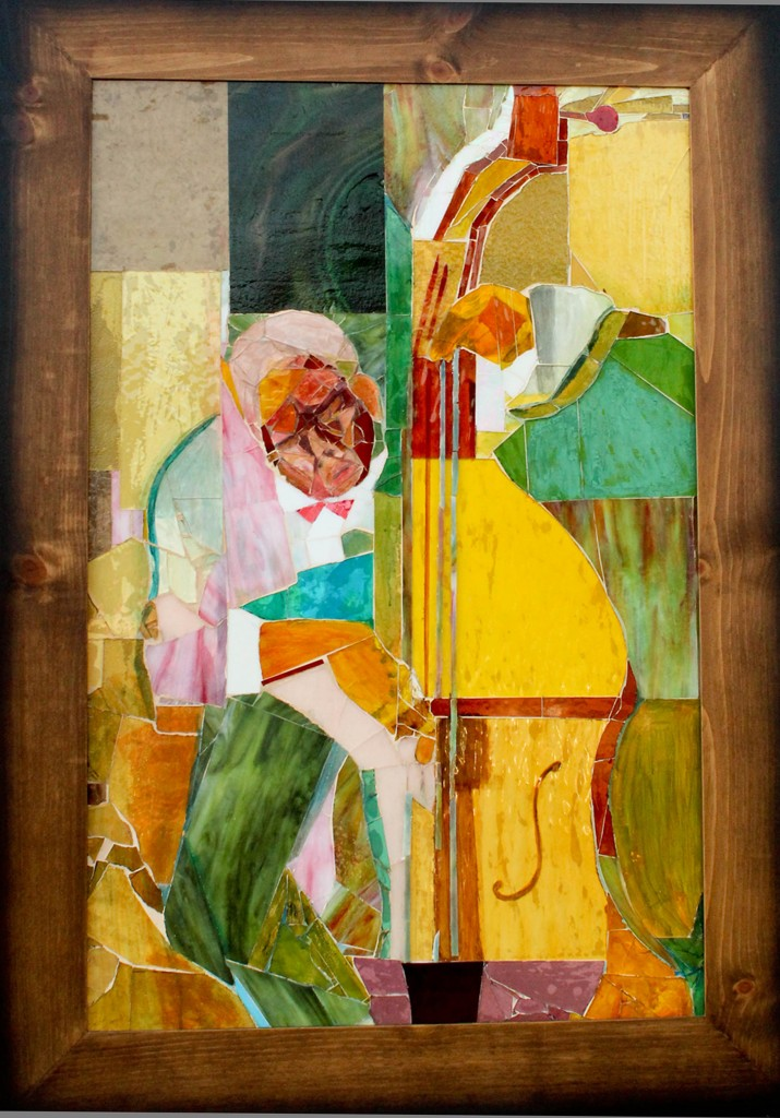 2014 Juror's Choice: Jeannine Falino. Patricia Marin, Bass Man, 2012, glass